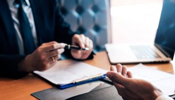 Must to ask these questions before hiring Business lawyer in 2021