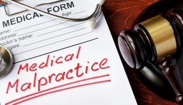 5 Reasons You May Need a Medical Malpractice Lawyer